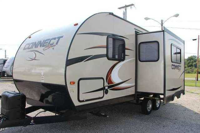 2015 New Kz Rv Spree Travel Trailer In Ohio OHRecreational Vehicle Price Match Guarantee On All RVs We Save You Money Time