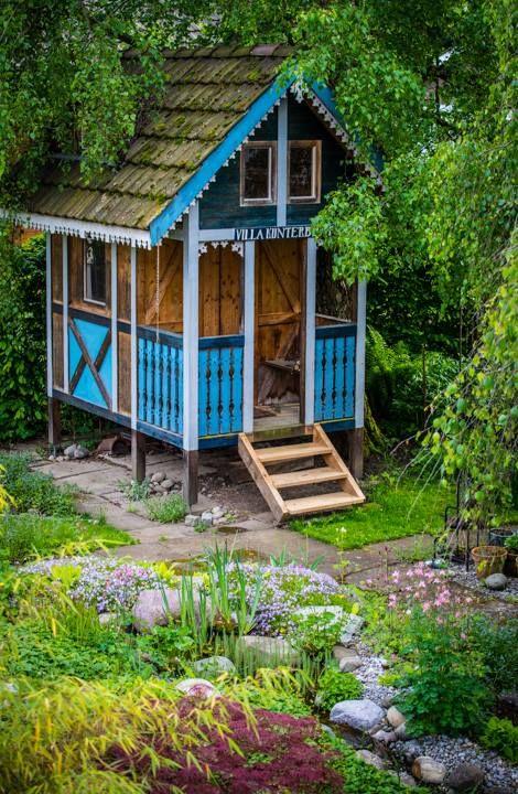 Gartenhaus fuer unsere Kinder, selbst gebaut. Garden
