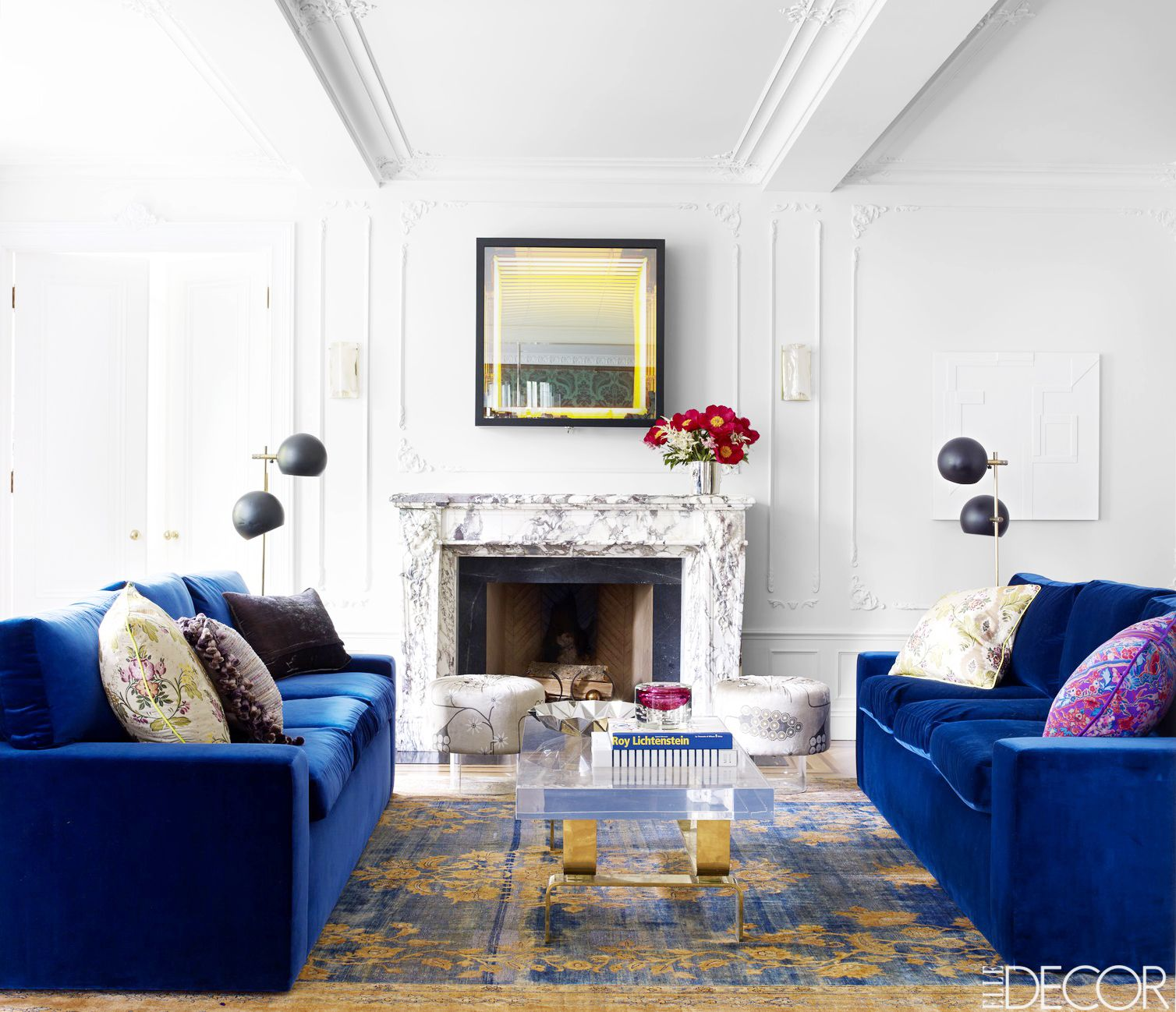 A Glamorous New York Apartment With a Dash of Drama | Marbles, Bald ...