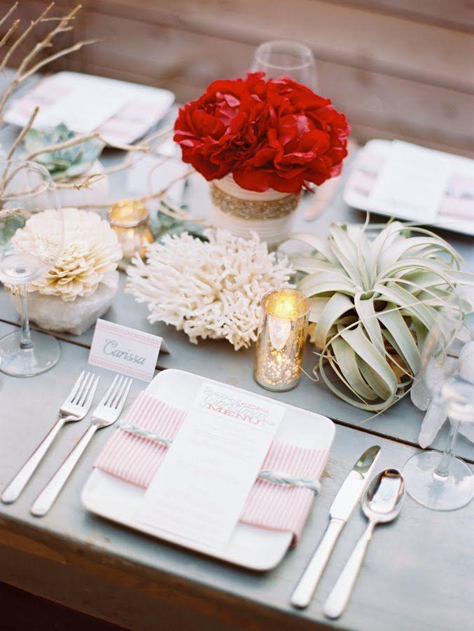 Fiori e piante fanno grande effetto in tavola anche in inverno.