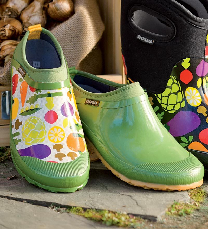 Womens BOGS Insulated Waterproof Garden Shoes for me Pinterest