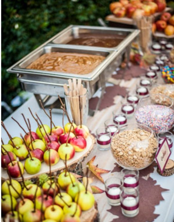 The coolest bar for a wedding. Apples and carnal and hot fudge yummm!!!