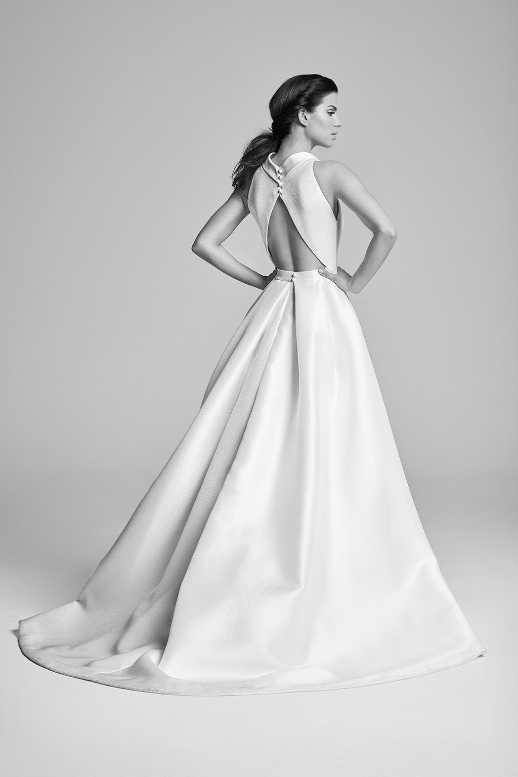 Swanson (Back | Belle epoque, Bridal gowns and Belle