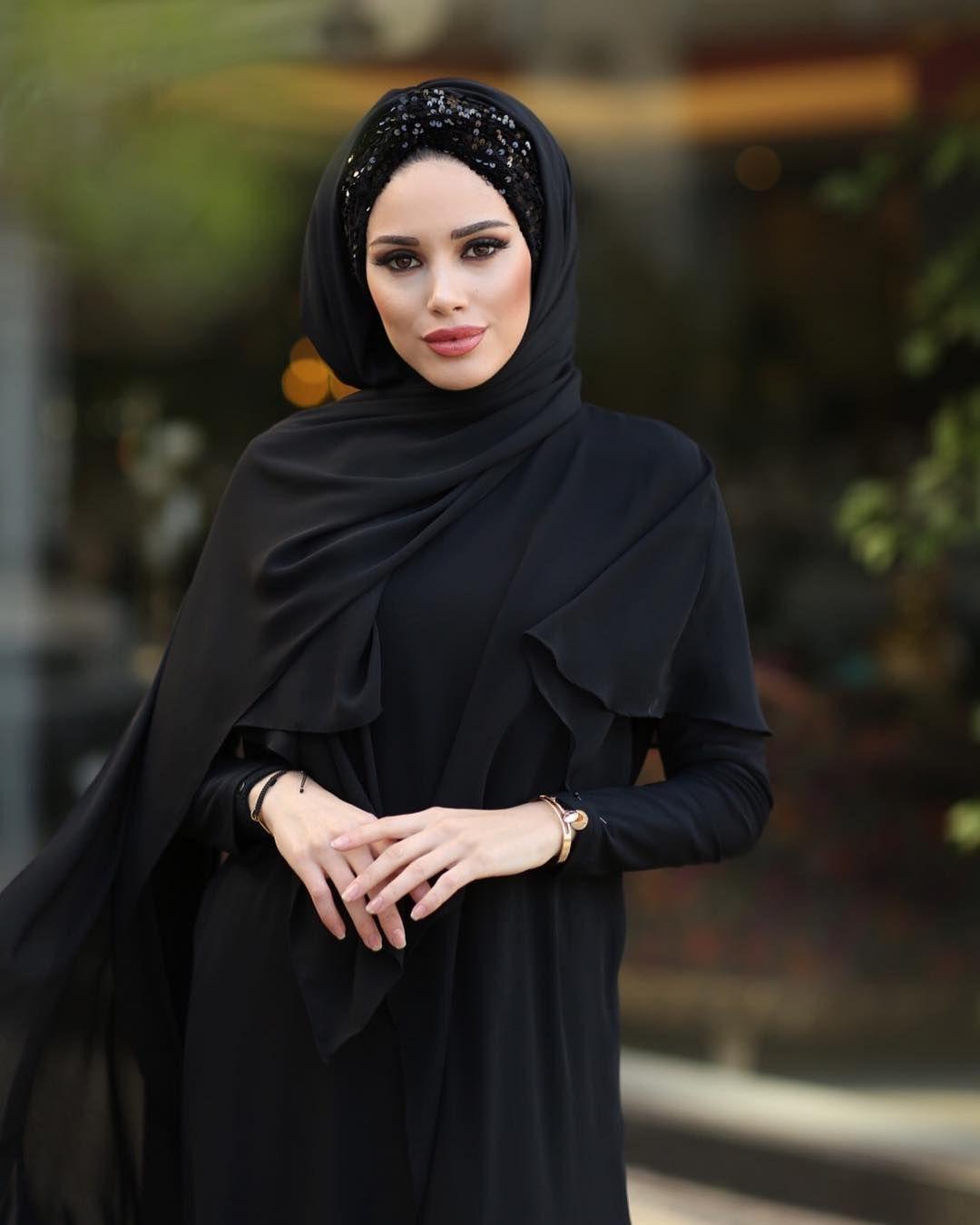 Luc Payet Salimiz Renkleriyle Efsane Sedayamancollection Tesettur Ferace Elbise Modelleri 2019 Payet Islami Giyim Sal