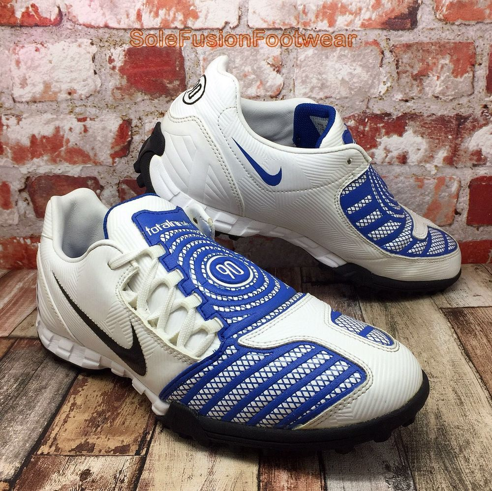new style a7e88 23f35 Nike Mens TOTAL 90 Football Trainers White Blue sz 7 SHOOT Soccer Shoes US  8 41   eBay