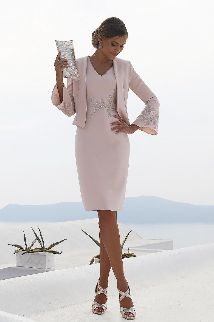 Welp Pin van Joann Strackbein Gries op Fashion in 2020 (met CA-56