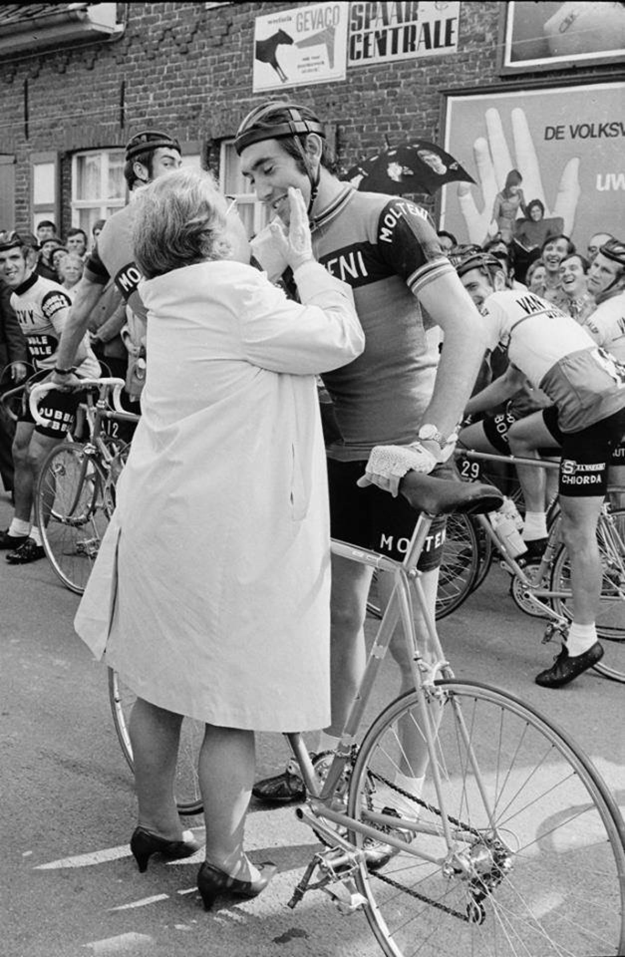 Pin By Emile Vandewal On Eddy Merckx Bicyclist Bicycle Track Steel Bike