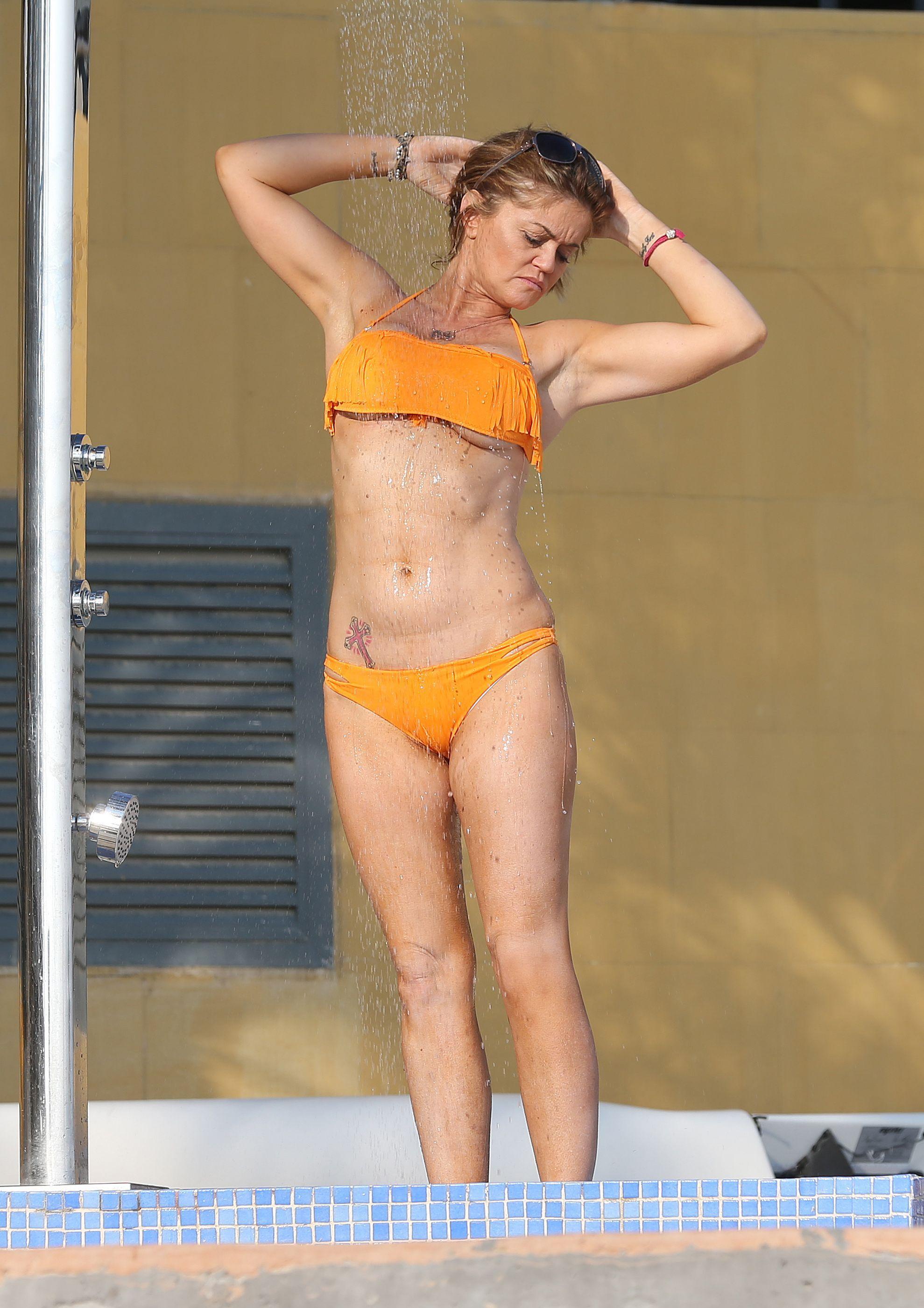Foto Alexandra Daddario naked (43 photos), Tits, Is a cute, Feet, panties 2006