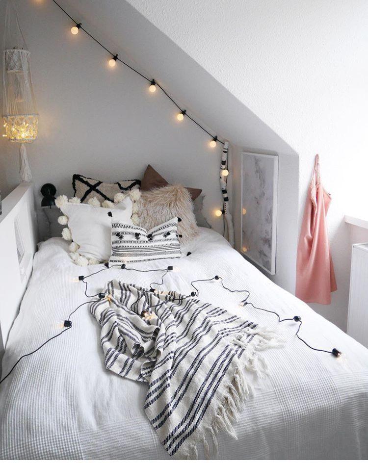 Schlafzimmer Bett Dachschrage Bedroom Tiny Bedroom Bedroom