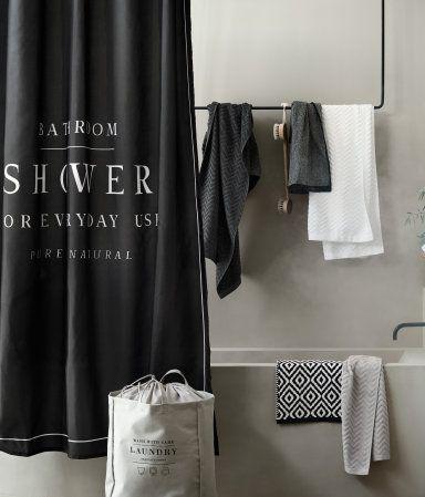 schwarz duschvorhang aus wasserabweisendem polyester mit textdruck metall sen zum aufh ngen. Black Bedroom Furniture Sets. Home Design Ideas