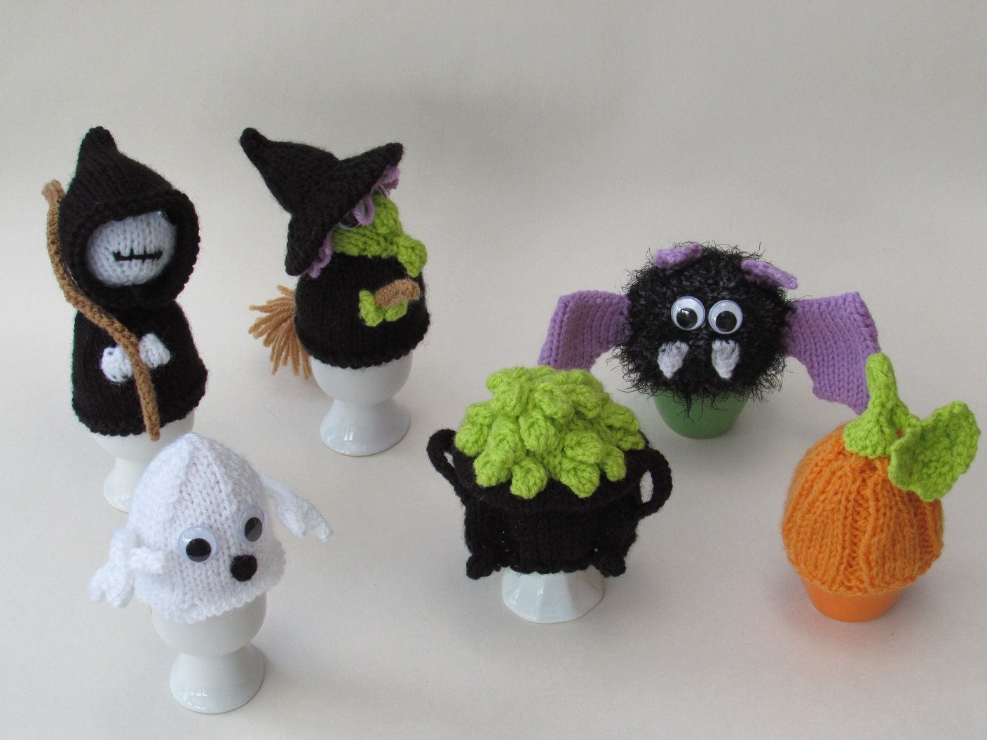 Egg Cosies and Egg Cosy Knitting Patterns | Easter crochet ...