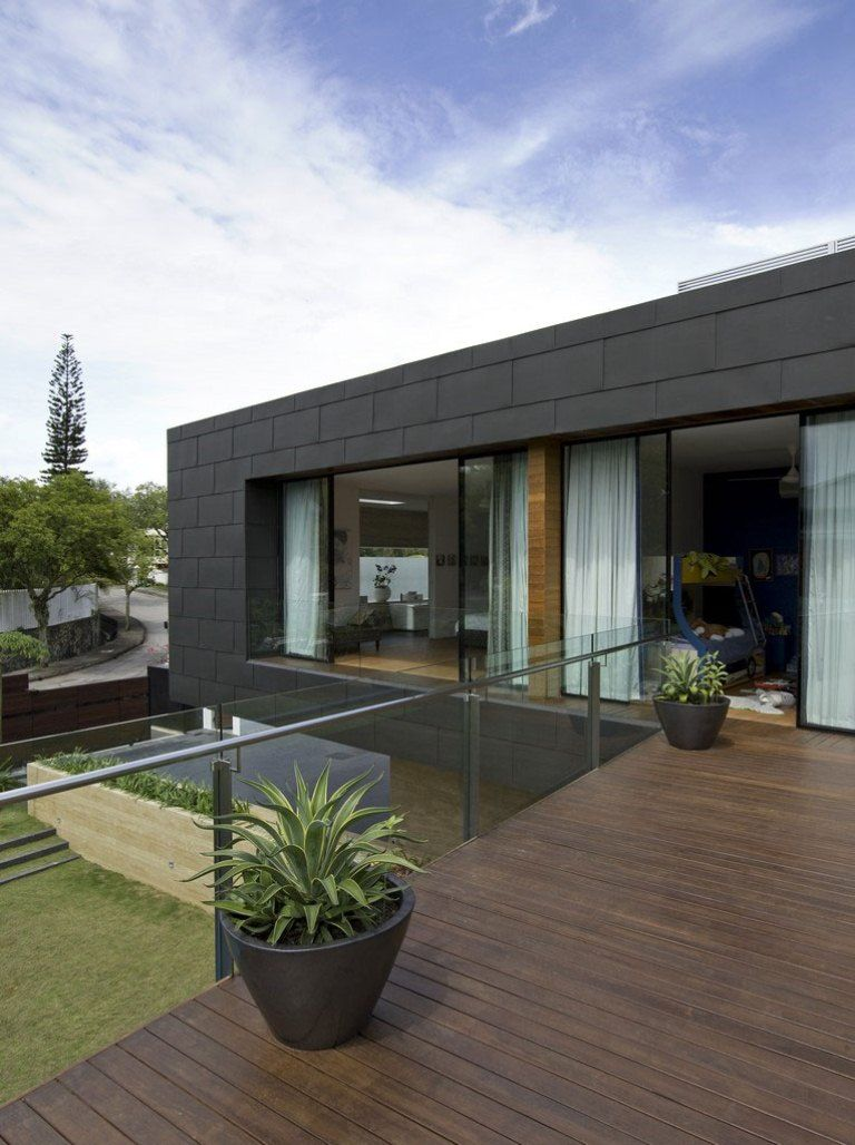 Timber Deck And Glass Railing In Roof Terrace Design Ideas Photo - Home terrace design