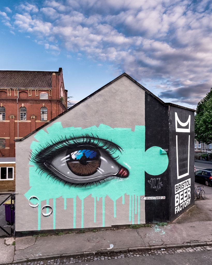 Mydogsighs Creates A New Mural For Upfest In Bristol Uk Murals Street Art Street Art Urban Street Art