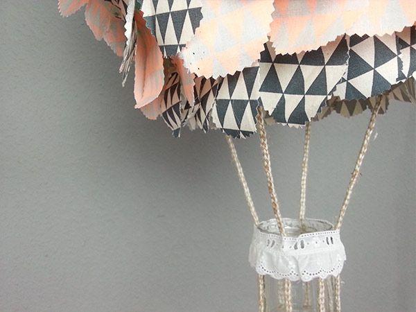 Diy anleitung hei luftballon lampe f r das kinderzimmer basteln via basteln - Lampe kinderzimmer basteln ...