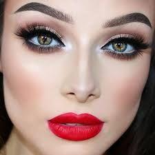 Maquillaje En Negro Affordable Maquillaje Con Strass En