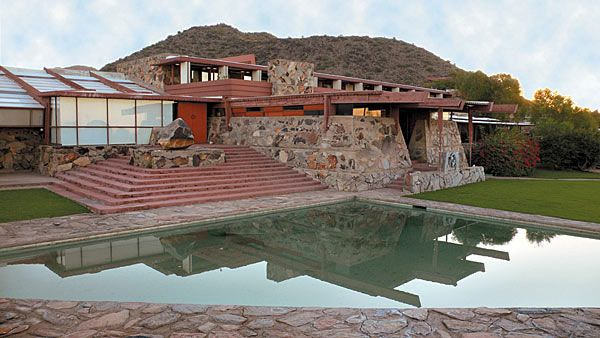 10 Great Architectural Lessons From Frank Lloyd Wright Frank