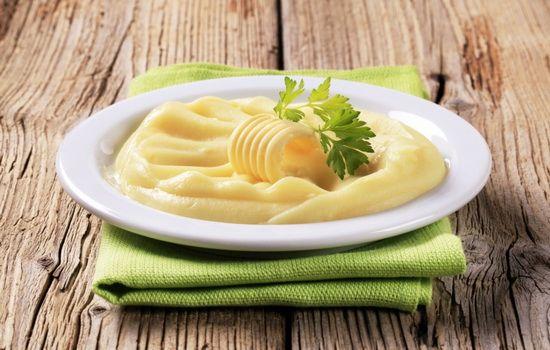 Рецепты пюре с яйцом, с молоком и яйцом, с маслом и яйцом, секреты