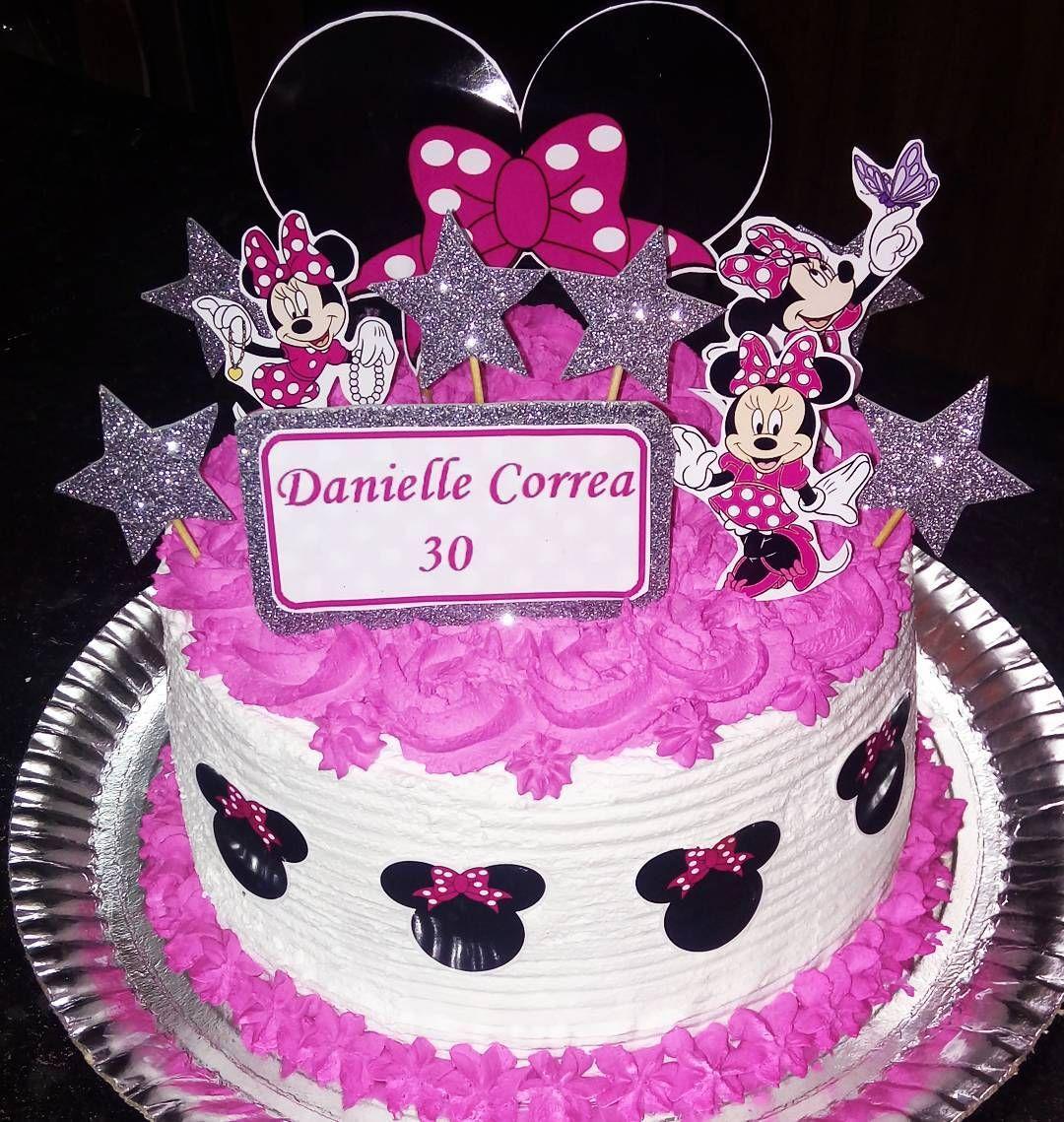Torta da Minnie Rosa de morangos com chocolate  Peça ja a sua pelo whats 993595627  #torta #tortaartesanal #pie #love #cake #strawberry #strawberries #morangocomchocolate #morango #chocolate #chocolat #lechocolat #duchocolat #rosa #minnie #minniemouse #pink #folowme #follow #f4f #f #c #folow4folow #folowforfolow #segue #seguidores