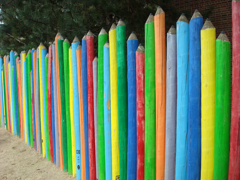 Pencil fence pre school child playlot urban garden