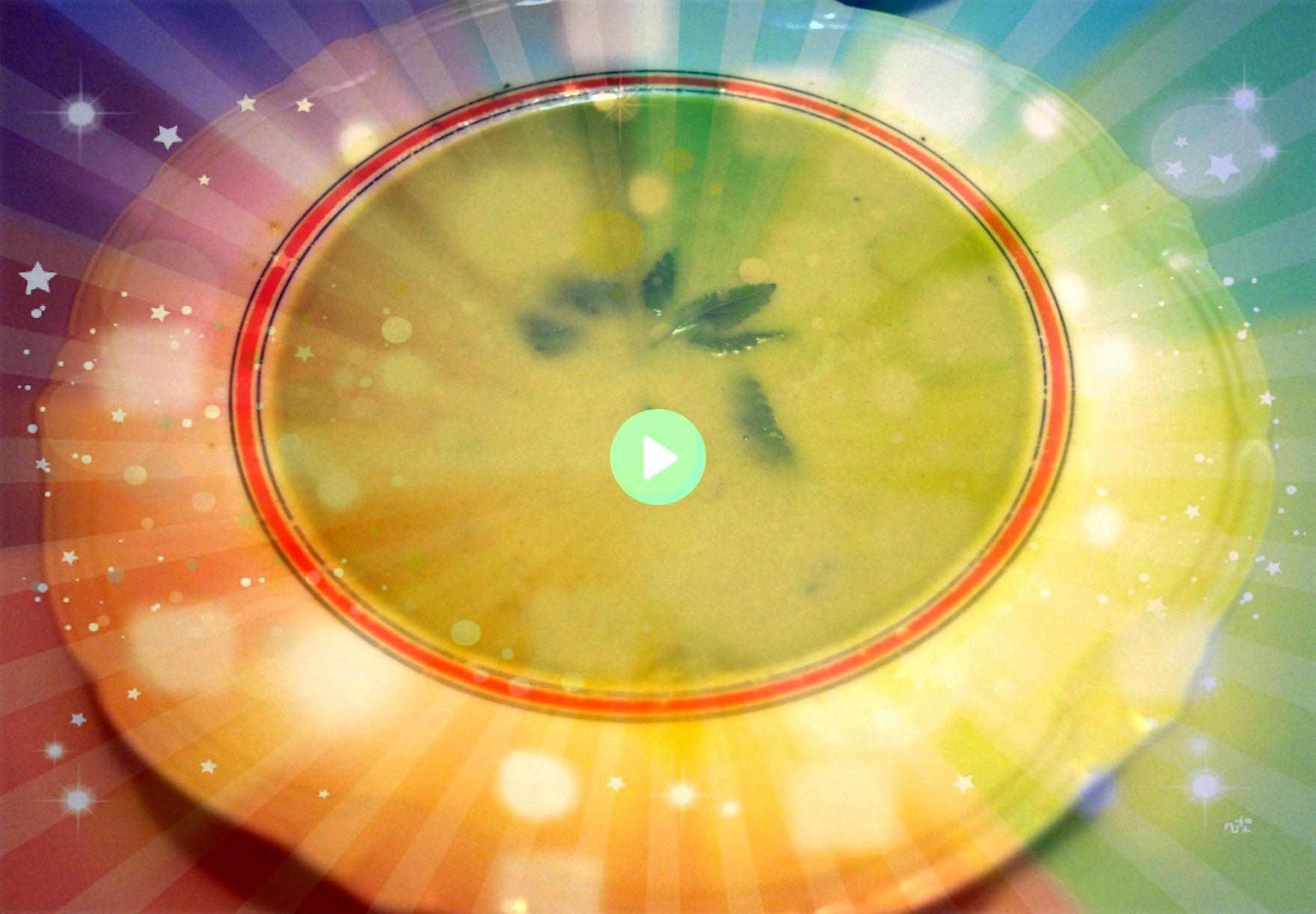 grøntsagssuppe Blendet grøntsagssuppeBlendetgrøntsagssuppe Blendet suppe er en god måde at få masser af sunde vitaminer på Suppen e...