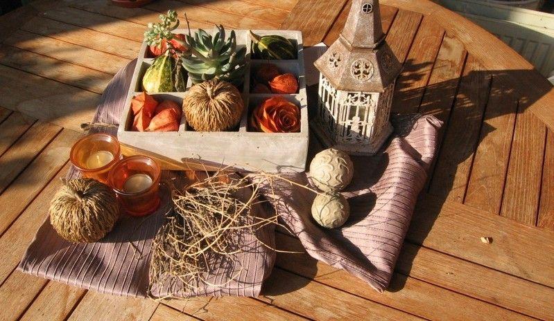 Herbstdeko auf dem Terrassentisch 2012 Autum