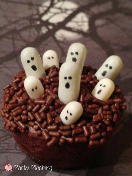ghost cupcakes, halloween party ideas, halloween food, halloween ...