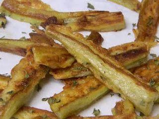 Friet van aubergine. Meer weten over friet? Lees Duh Friet! https://itunes.apple.com/us/book/duh!-friet/id593532757?mt=11 Ook superhandig voor je spreekbeurt of werkstuk trouwens!