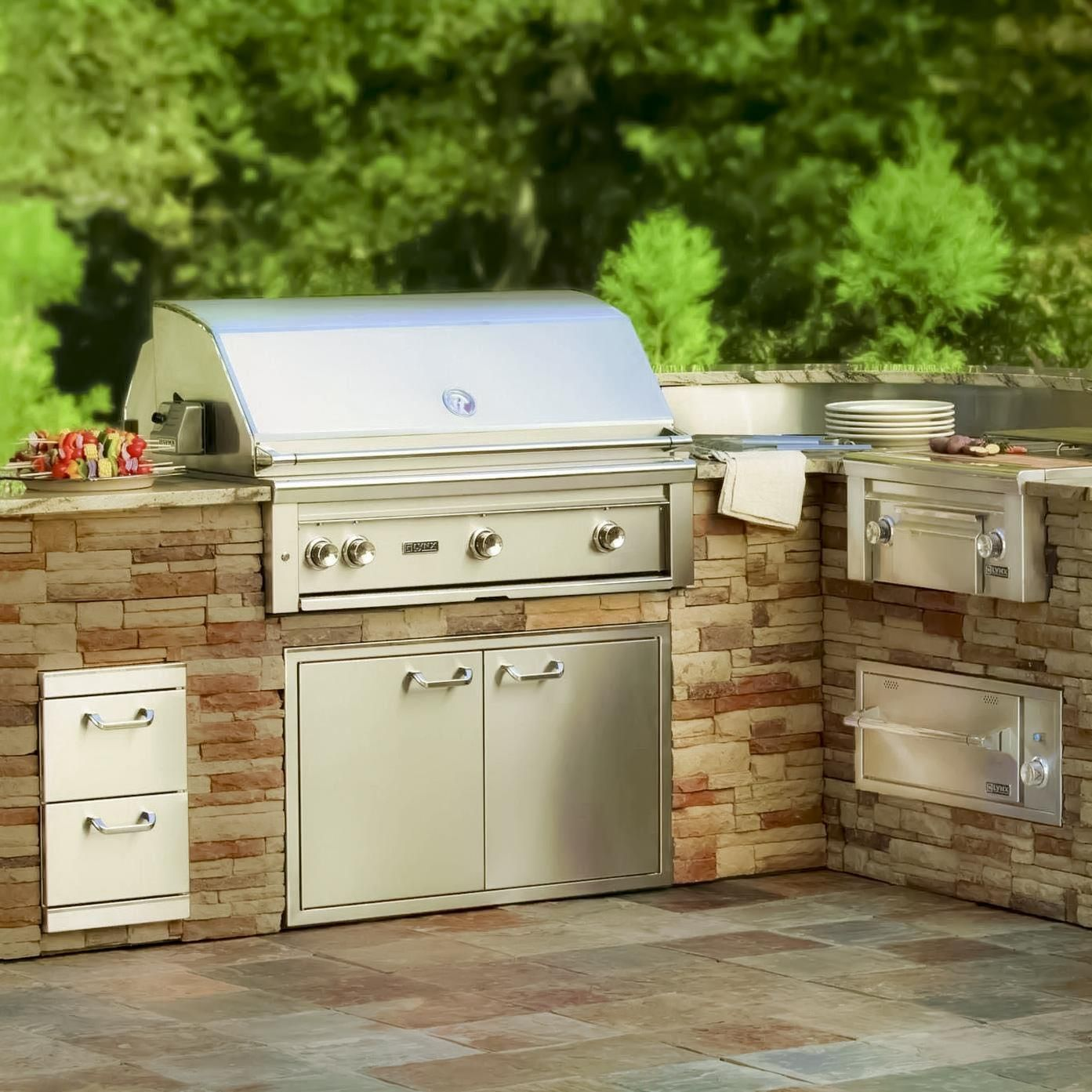 Lynx Professional 36 Inch Built In Propane Gas Grill With