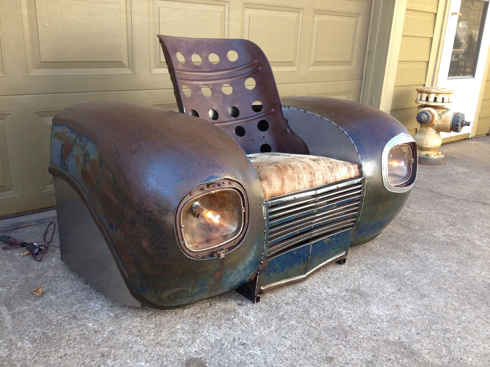 1939 plymouth fenders and grill with a ww2 bomber seat now for Furniture made from cars