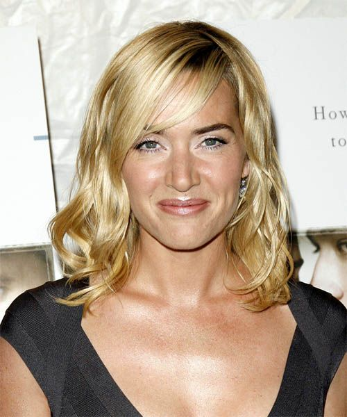 Kate Winslet Has Long Been Known For Her Classic Hairstyles Description From Thepleasureisback Blogspot Com I Sea Long Hair Styles Long Wavy Hair Hair Styles