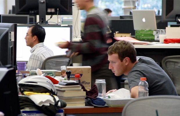 Desks Of 10 Famous Tech Ceos
