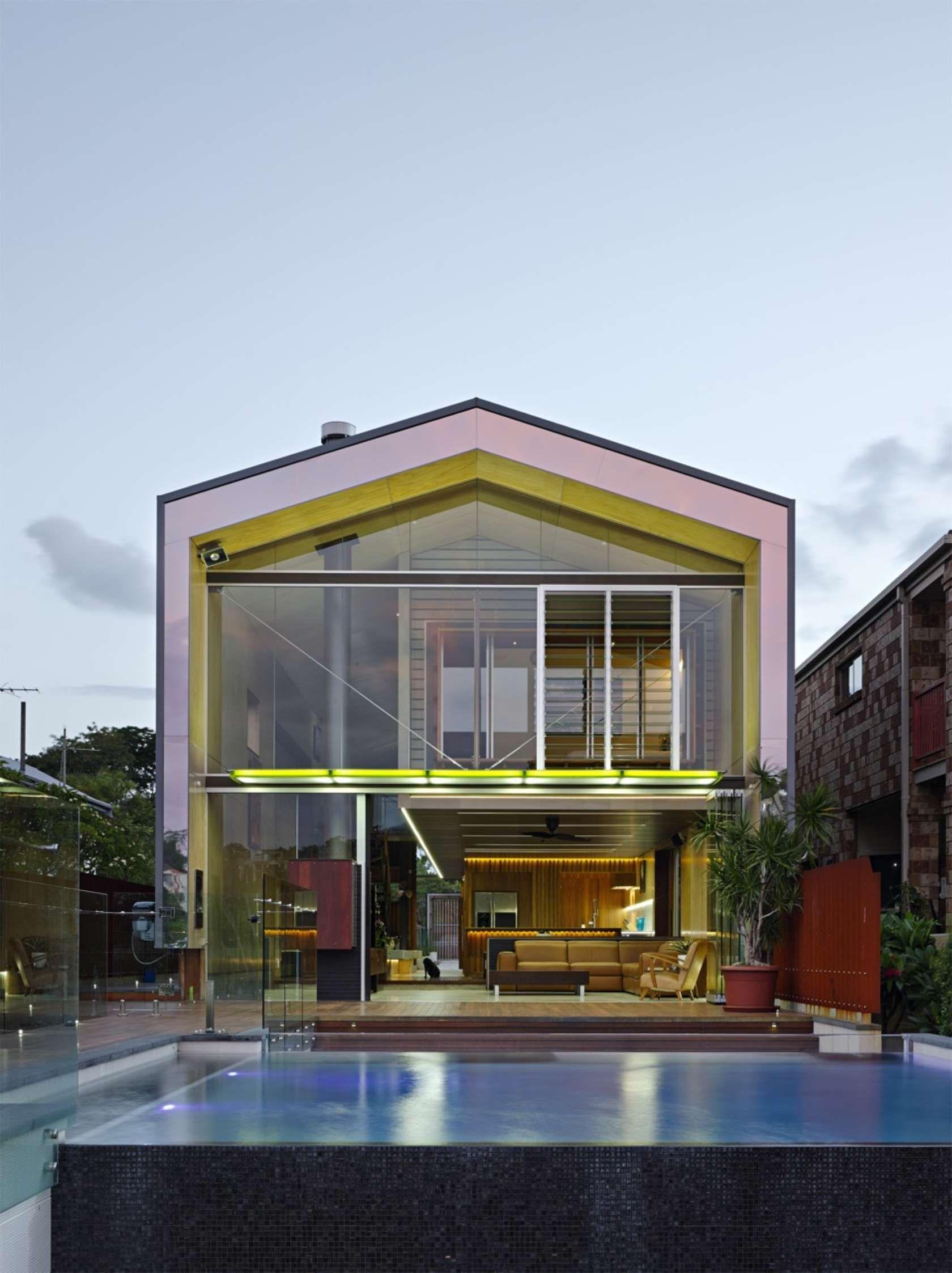 Bulimba River House Brisbane Australia by Aquatonic