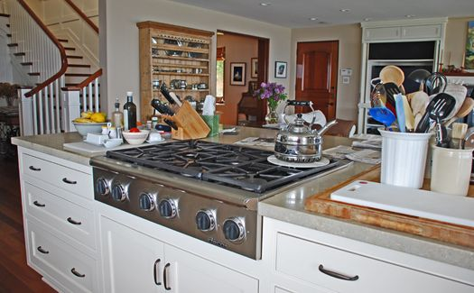 Thermador Gas Cooktop With Downdraft: Ceramic Downdraft Cooktop