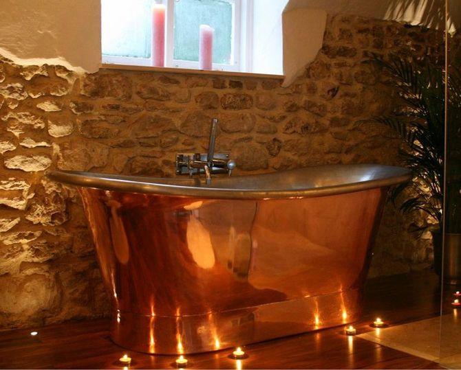 A happy customers copper bath looking fantastic