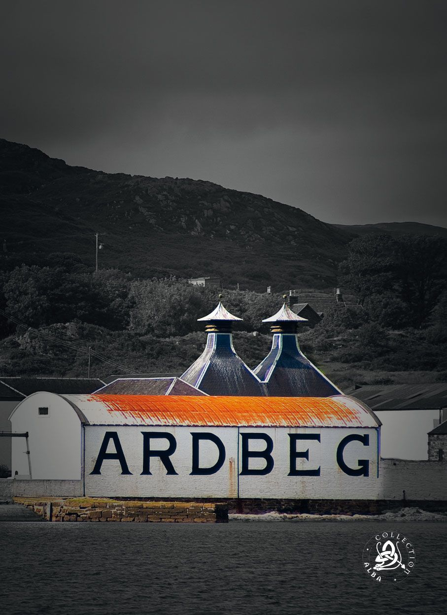 The Whisky Bag · Front Theme Ardbeg Distillery · www.alba-collection.com