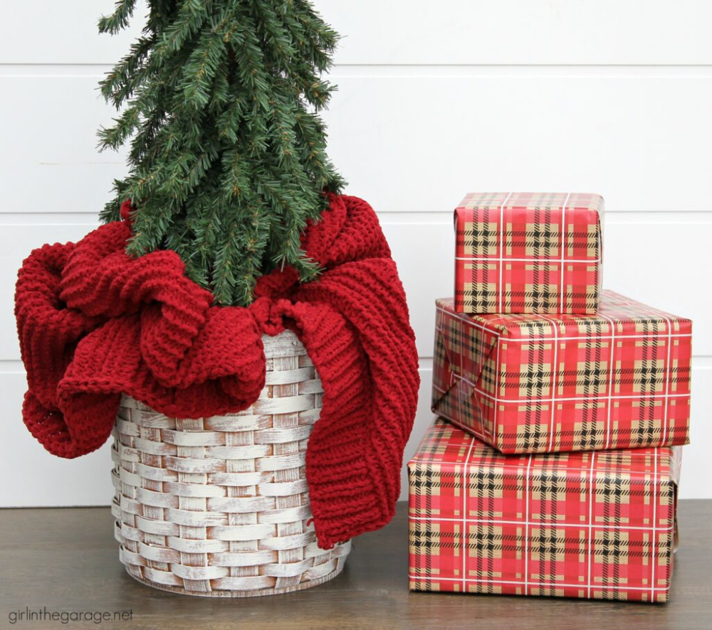 Easy DIY Christmas Tree Basket Stand Girl in the Garage