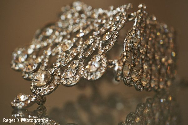 Gorgeous indian bridal accessory. . http://www.maharaniweddings.com/gallery/photo/82997