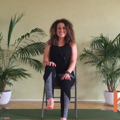 6 chair yoga poses for your psoriatic arthritis