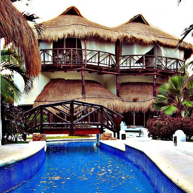 El Dorado Casitas Royale by @karismahotels diseñado para una estancia llena de romanticismo lujo, privacidad y confort  Follow El Dorado Casitas Royale on Instagram @ElDoradoResorts  #Mexico #RivieraMaya #Romance #Honeymoon #Travel