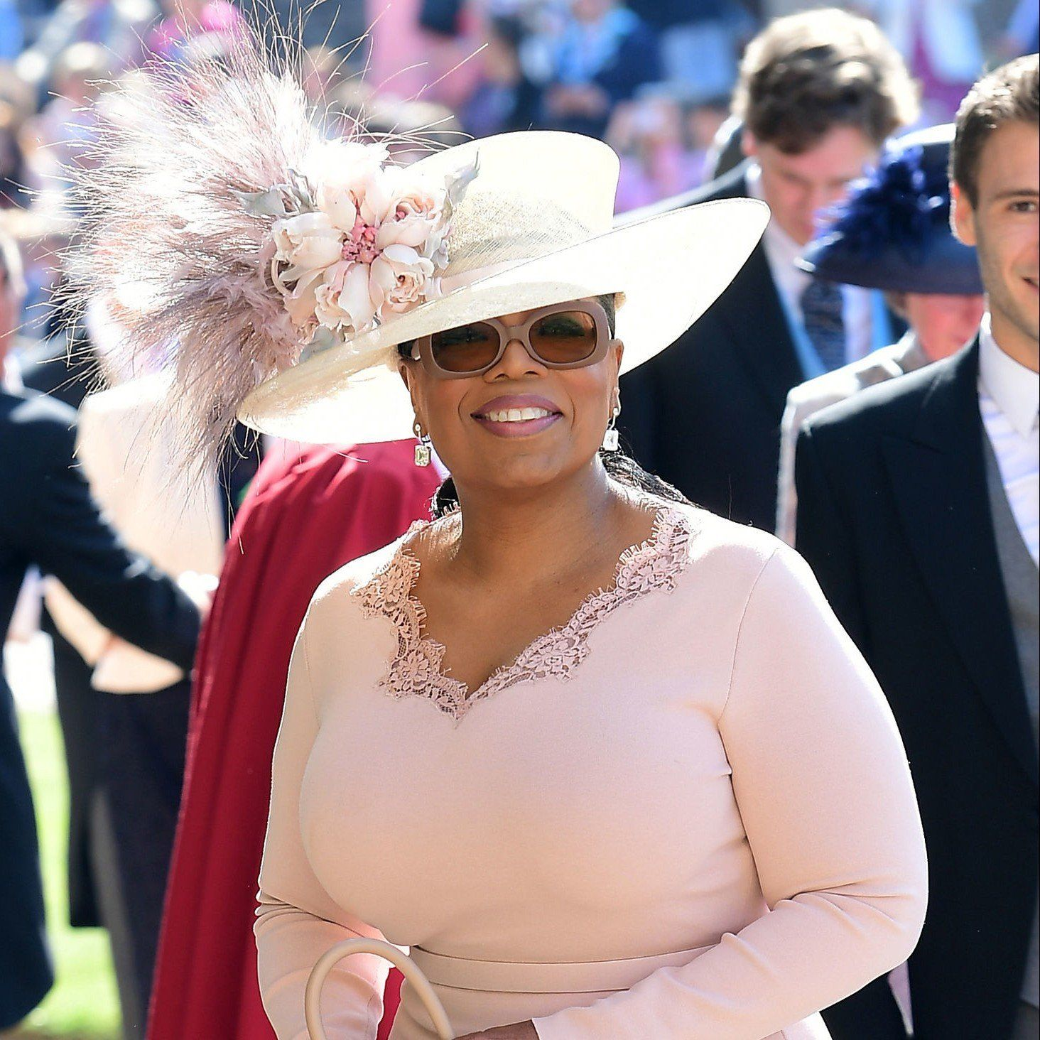 Oprah Winfrey Wore A Stella Mccartney Outfit Philip Treacy Oversized Hat And Stunning Antique Square Diamond Earrings To Harry Meghan S Wedding
