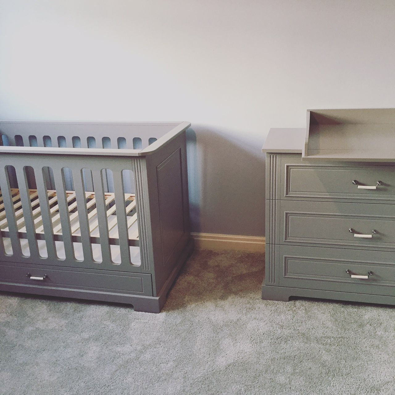 Daisy Unusual Nursery Set in Grey | Cot Bed & Chest | Real ...