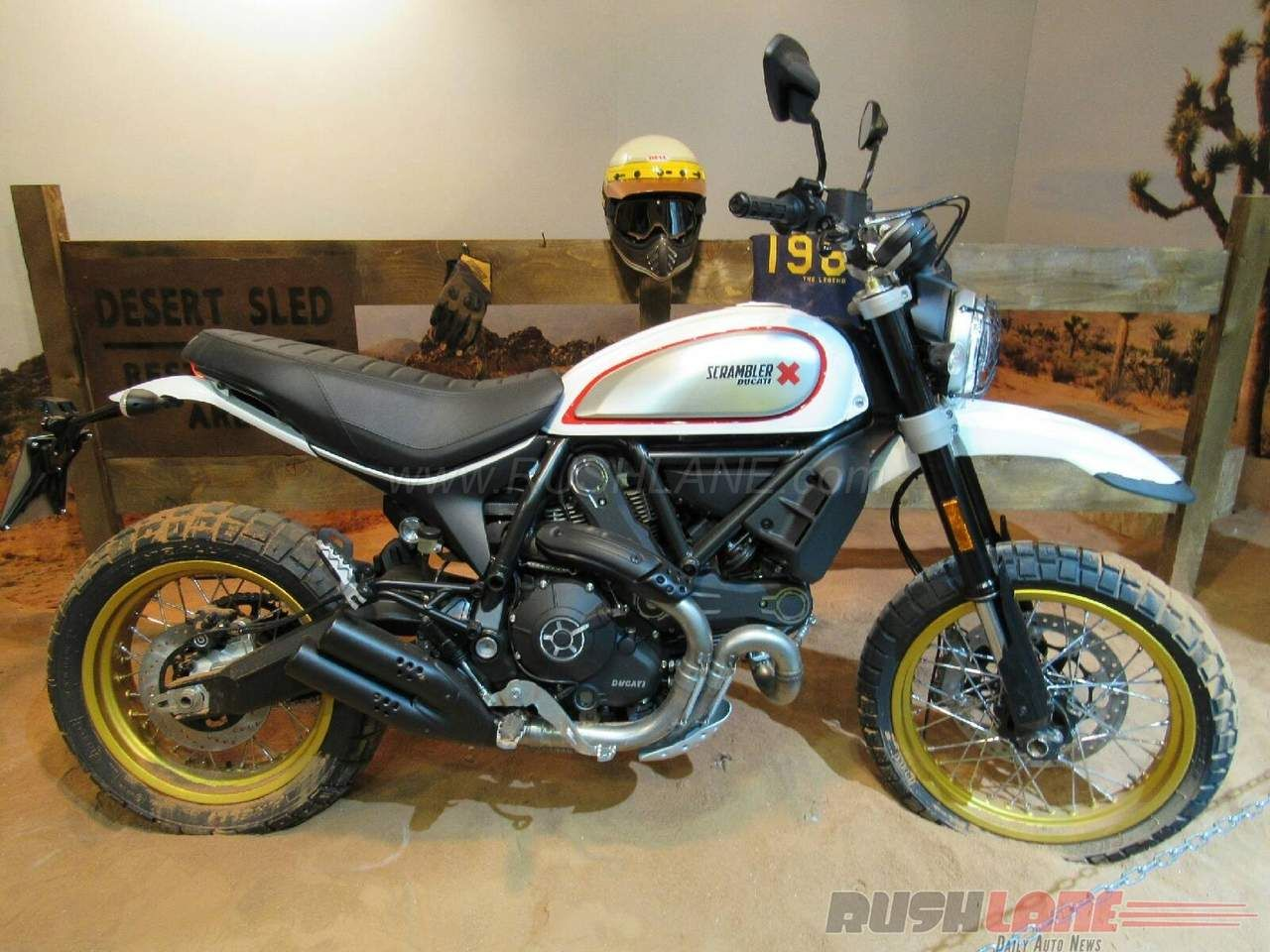 ducati scrambler desert sled eicma photos 1280 960. Black Bedroom Furniture Sets. Home Design Ideas