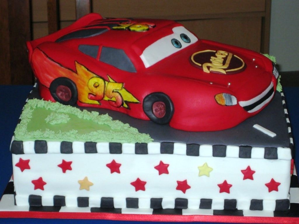 Lightning mcqueen cakes designs ideas lightning mcqueen cake lightning mcqueen cakes designs ideas lightning mcqueen cake tutorial race car baditri Choice Image