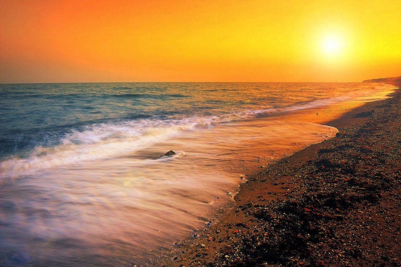 Banco De Imágenes Fotos Y Postales 25 Fotos Del Mar Con Olas Amaneceres Playas Fotografía De Amanecer Amanecer En El Mar Imagenes De Amaneceres Hermosos