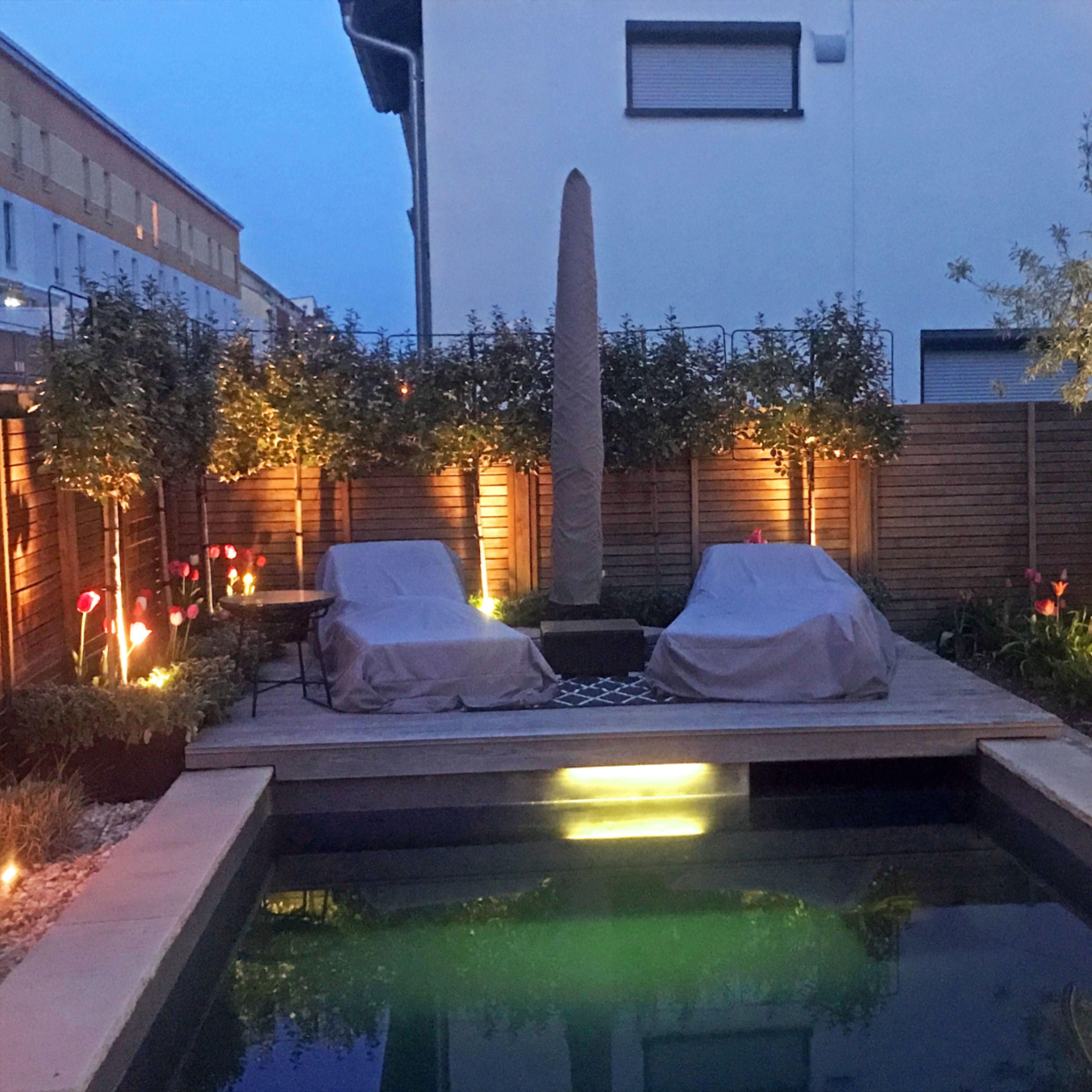 Pool Beleuchtung In 2020 Pool Beleuchtung Gartenbeleuchtung Garten