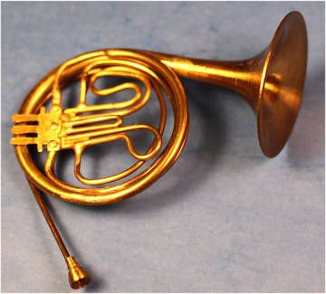 Miniature Dollhouse Brass French Horn w// Case   No moving parts