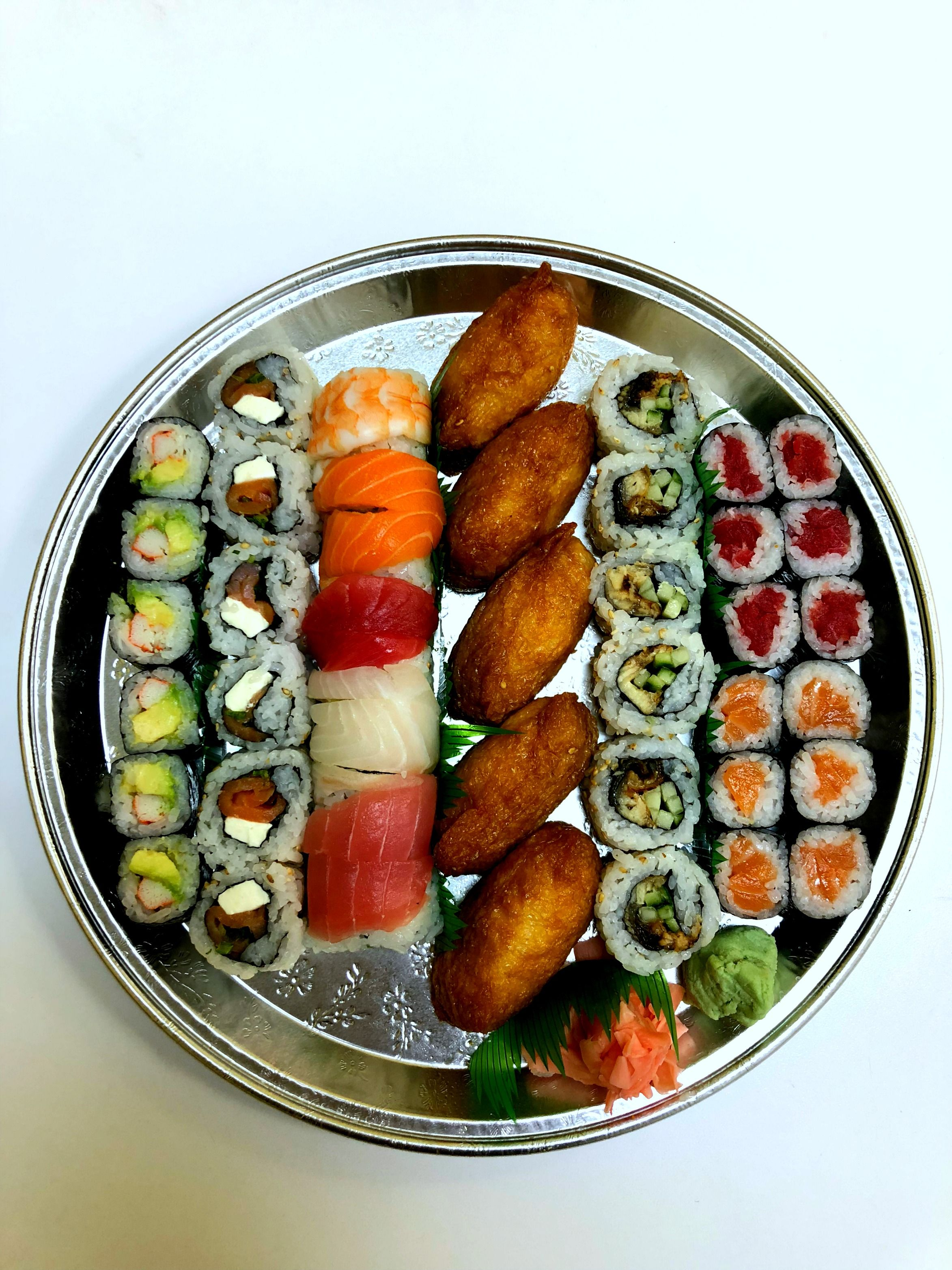 Sushi platter sushi Food, Sushi