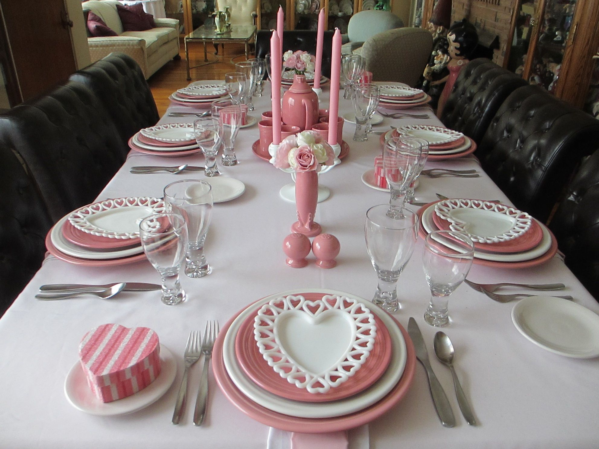 Valentine S Day Table Using Rose And White Fiestaware Valentines Day Tablescapes Rustic Dining Table Decor Table Decorations