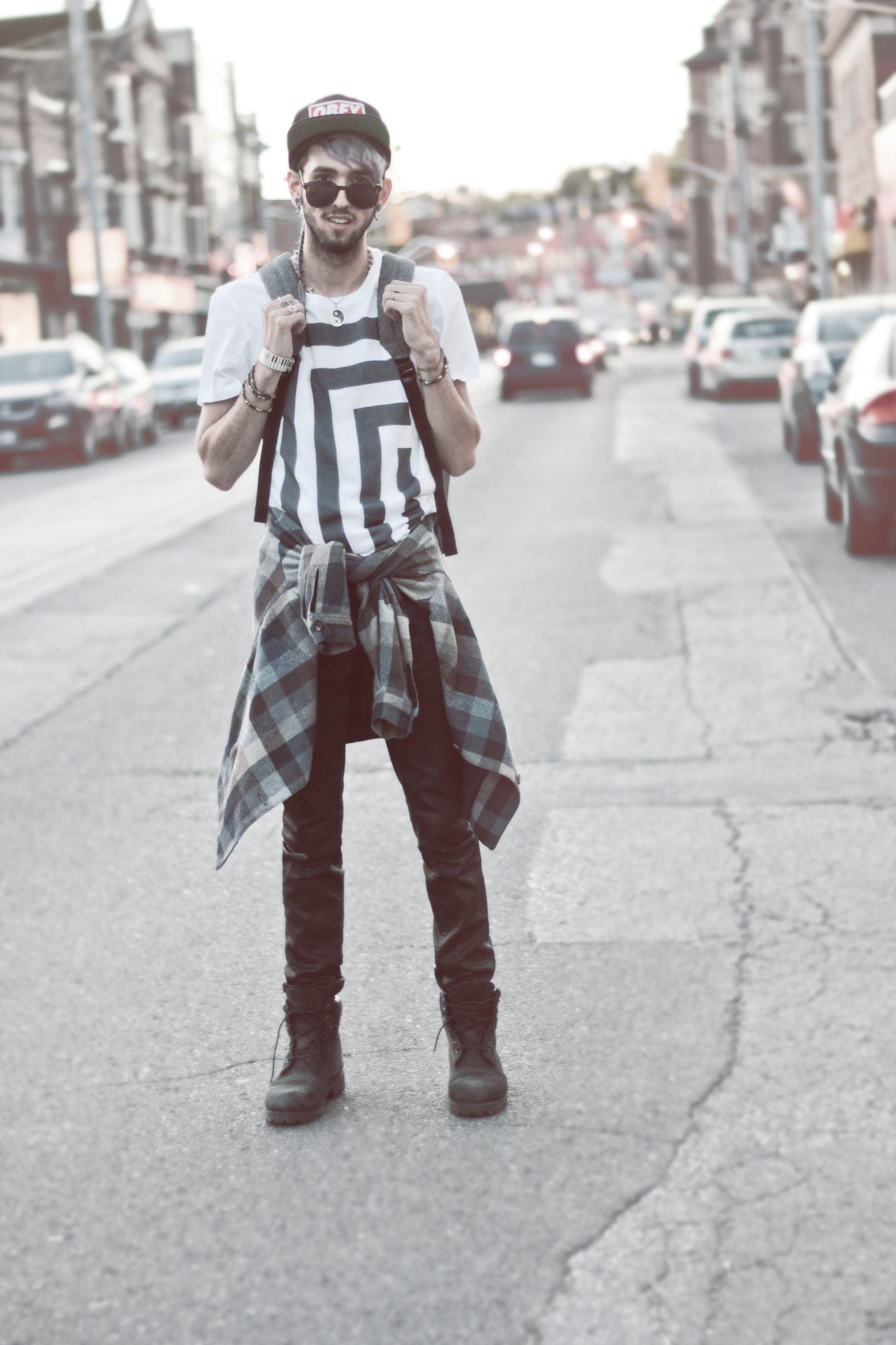 Blogger Bobby Raffin wearing our Rail Slickback jeans. #RESpresent #resdenim