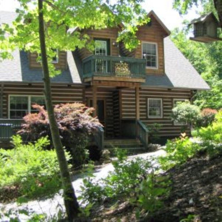Vrbo Com 871051 Lake Lure Area Gorgeous Log Cabin Year Round Awesome Mountain Sunset Views Lake Lure Nc Vacation Rentals Cabin